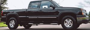 NO ISSUES WITH CAR CHEVROLET SILVERADO LT 1500 for Sale in Sioux Falls, SD