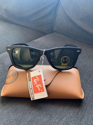 Wayfarer matte black sunglasses for Sale in Sarasota, FL