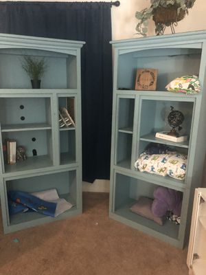 Bookshelves or entertainment center for Sale in Gilbert, AZ