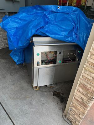 Restaurant Grill Free for Pickup for Sale in Palatine, IL
