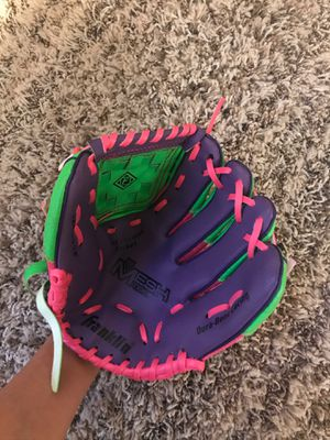 Softball/baseball glove youth for Sale in City of Industry, CA