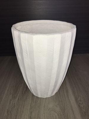 White leaf planter / vase for Sale in Salt Lake City, UT