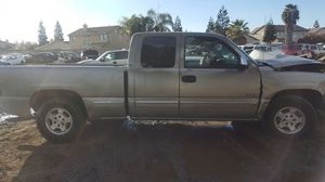 2000 chevy silverado for parts only. for Sale in Modesto, CA