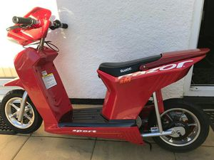 Razor 24v dirt bike for Sale in Denver, CO