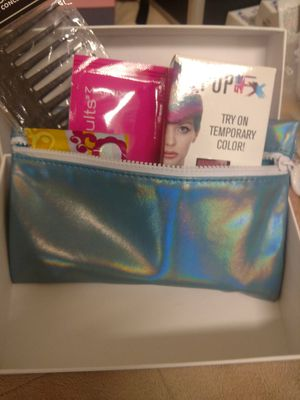 Kreationz beauty bag for Sale in Spring Hill, FL