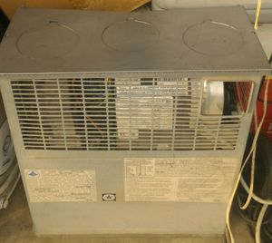 Suburban sf-35 rv motor home l.p. heater 35000 btu for Sale in Woodstock, VA