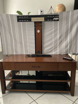 TV entertainment center with mount for Sale in Chula Vista, CA