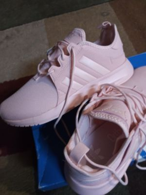 Women's Adidas size 6 for Sale in Tacoma, WA