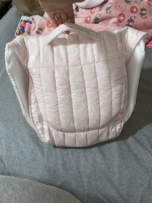 Baby Delight Snuggle Nest - portable sleeper/bassinet for Sale in Tampa, FL