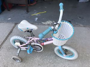 Giant toddler girls bike for Sale in Orlando, FL