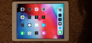 iPad Air 16 GB Wifi + Cellular for Sale in Aspen Hill, MD