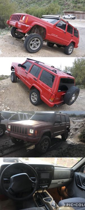 Jeep Cherokee classic 4X4 for Sale in Phoenix, AZ