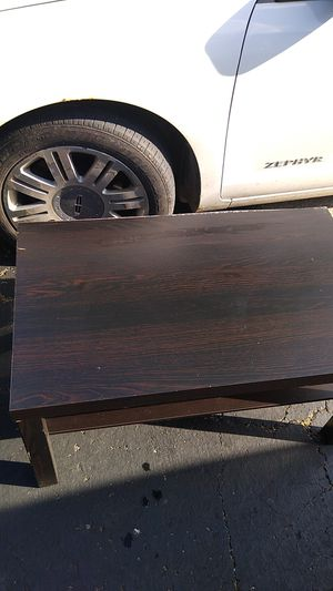 Coffee table and end table for Sale in Hilliard, OH