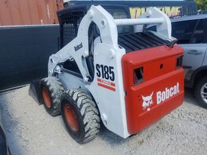 Bobcat model S185 turbo diesel red straight ready to work for Sale in Fort Lauderdale, FL