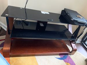 TV stand for Sale in Wheaton-Glenmont, MD