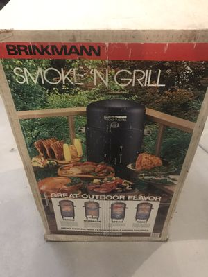Brinkman Smoke N grill for Sale in Oak Forest, IL