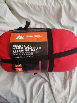 Sleeping bag deluxe xl warm weather for Sale in Miami Beach, FL