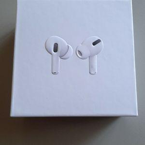 True wireless earbuds for Sale in San Isidro, TX