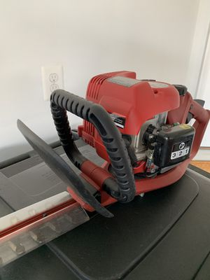 Troy-Bilt 2-cycle 25 cc gas Powered Hedge Trimmer for Sale in Clarksburg, MD