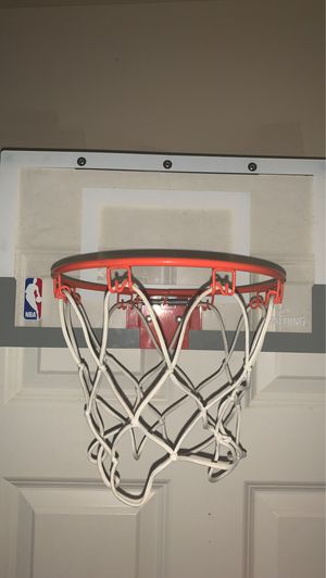 Basketball hoop for Sale in Maple Valley, WA