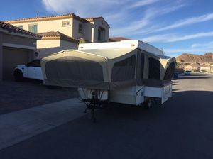 MOVING MUST SELL 2006 Starcraft Pop Up Tent Camper Trailer for Sale in Henderson, NV