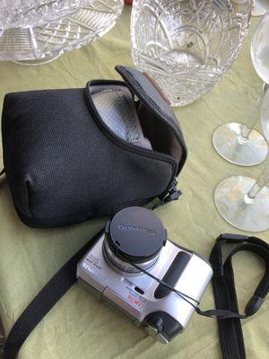 Olympus digital camera c-700 . Optical zoom 10X for Sale in Rialto, CA