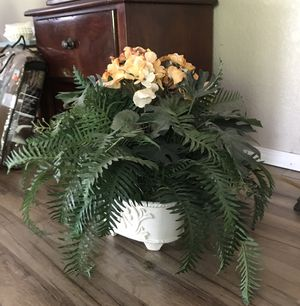 Faux Planter with flowers for Sale in San Antonio, TX