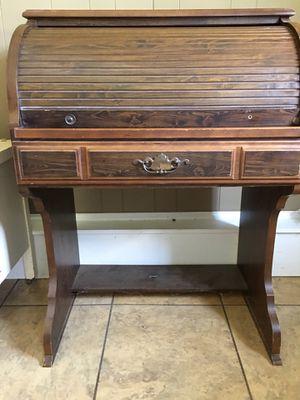 Roll Top Desk for Sale in LaFayette, GA