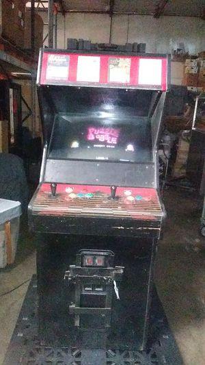 Arcade game, 4 games installed, used in good condition for Sale in Los Angeles, CA