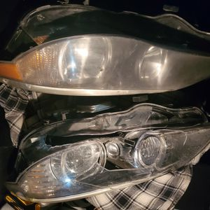 2 BMW 5 Series 2005-2010 OEM Driver side Headlight for Sale in Fremont, CA