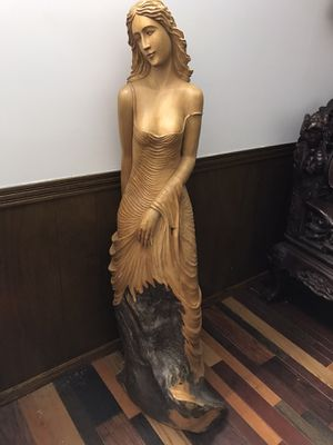 All wood Beautiful sculpture of a lady for Sale in Wichita, KS