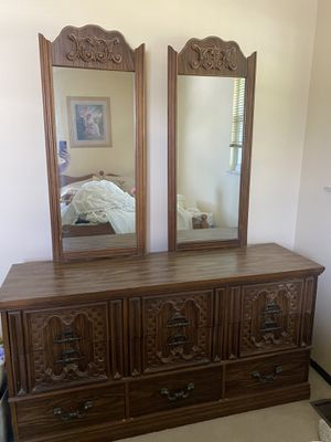 Basset Furniture Dressers/Nightstands for Sale in Columbus, OH
