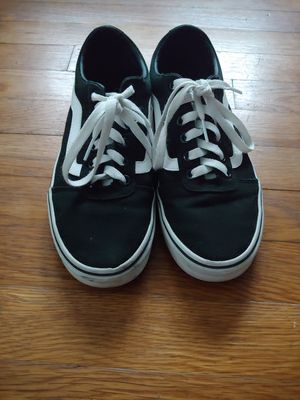 Vans Womens Ward shoes size 8 for Sale in Spartanburg, SC