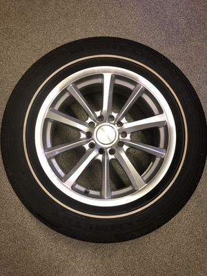 Brand New 16 x 7, 5x114.3, 5x110 Michelin 225/60R16 Cadillac for Sale in Naperville, IL