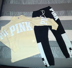 Vs PINK 2 pc set/outfit joggers, shirt for Sale in Grand Prairie, TX