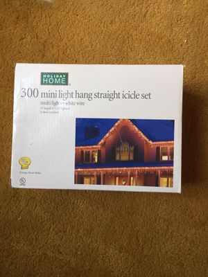 300 mini light hang straight icicle set for Sale in Herndon, VA