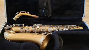 Buescher Aristocrat Alto Saxophone for Sale in Los Angeles, CA