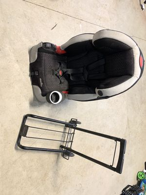 Britax car seat carrier and Evenflo car seat. for Sale in Happy Valley, OR