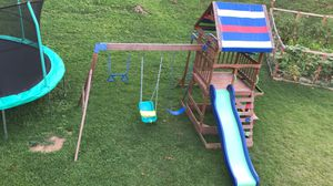 Swing set like new for Sale in Affton, MO