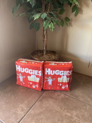 Huggies 4 for Sale in Phoenix, AZ