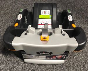 CHICCO KEYFIT EXTRA BABY CAR SEAT BASE for Sale in Whittier, CA