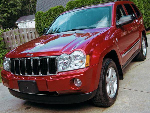 Asking $16OO_USD 2005 Jeep Grand Cherokee