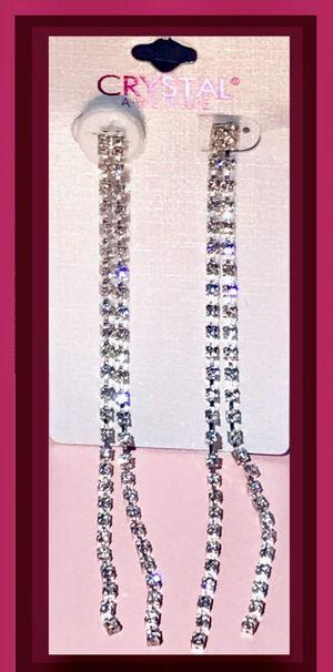 Diamond dangling earrings for Sale in Phoenix, AZ