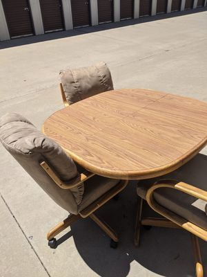 Table Set for Sale in Sanger, CA