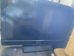 """Panasonic TV 32"""" with Amazon Fire box included for Sale in Imperial Beach, CA"""