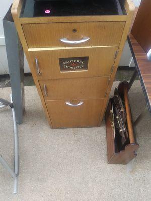 Antique Dentist cabinet for Sale in Lincoln Park, MI