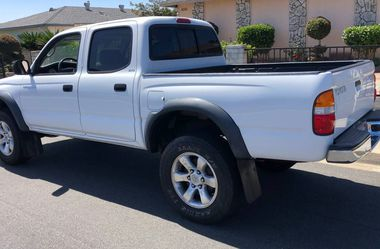 LUXURY CAR Toyota Tacoma 2003 *SANITIZED - STAY SAFE* for Sale in Las Vegas,  NV