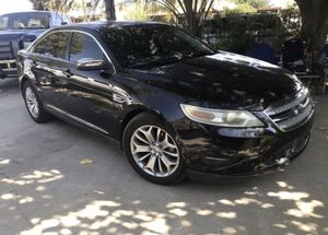 2010 ford taurus for Sale in Bakersfield, CA