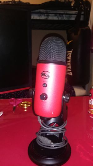 Blue yeti for Sale in Oregon City, OR