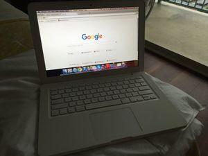Macbook 2009 for Sale in Miami, FL